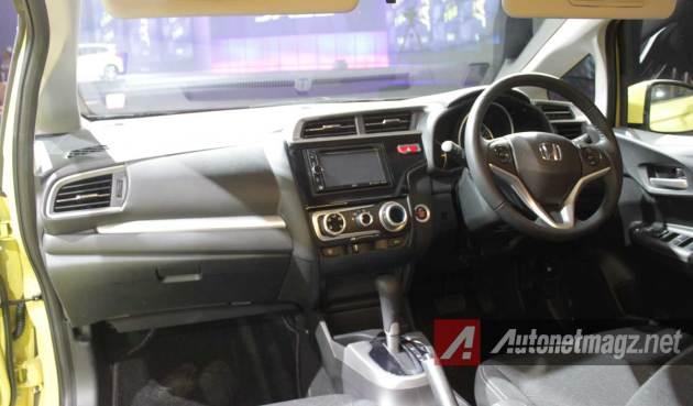 Dashboard-Honda-Jazz-RS-2015