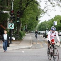 Montréal Biking, Part 3: Separated Bike Lanes: What Vancouver can Learn from Montréal