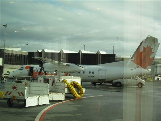 Air Canada Jazz Dash8