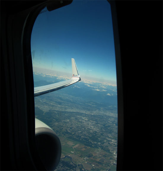 American Airlines 737 Engine and Winglet