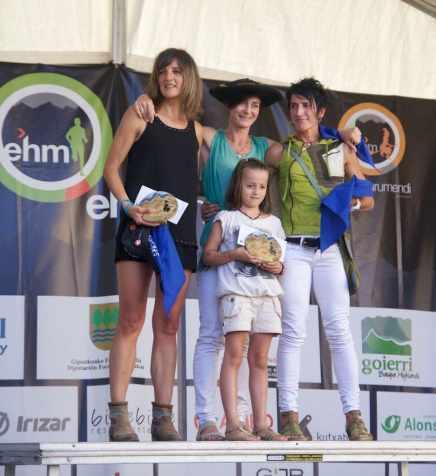 Marimurumendi 42k podio femenino
