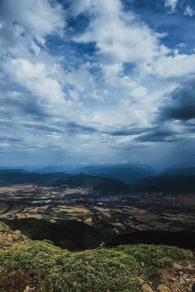 Jaca desde la cima del Oroel