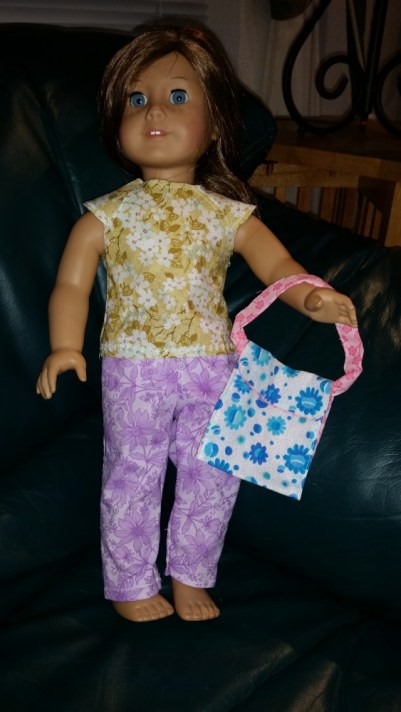Audrey H made these 3 Sew in Style projects for her doll: The Spring Top, Skinny pants, and Messenger Bag. Your projects look amazing! and you doll is rockin' her new outfit!