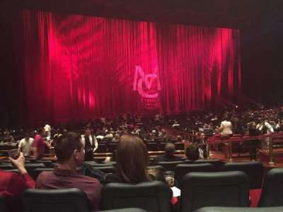 The Colosseum At Caesars Palace Section Rear Orchestra Row H Seat