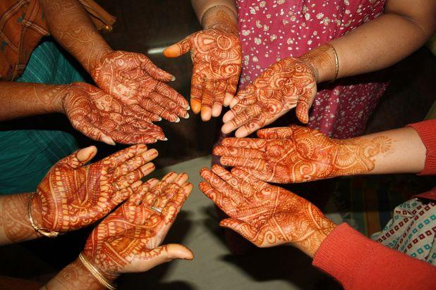 hand mehndi henna