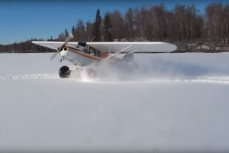 Powersliding with airplane -Bobby Breeden Screenshot