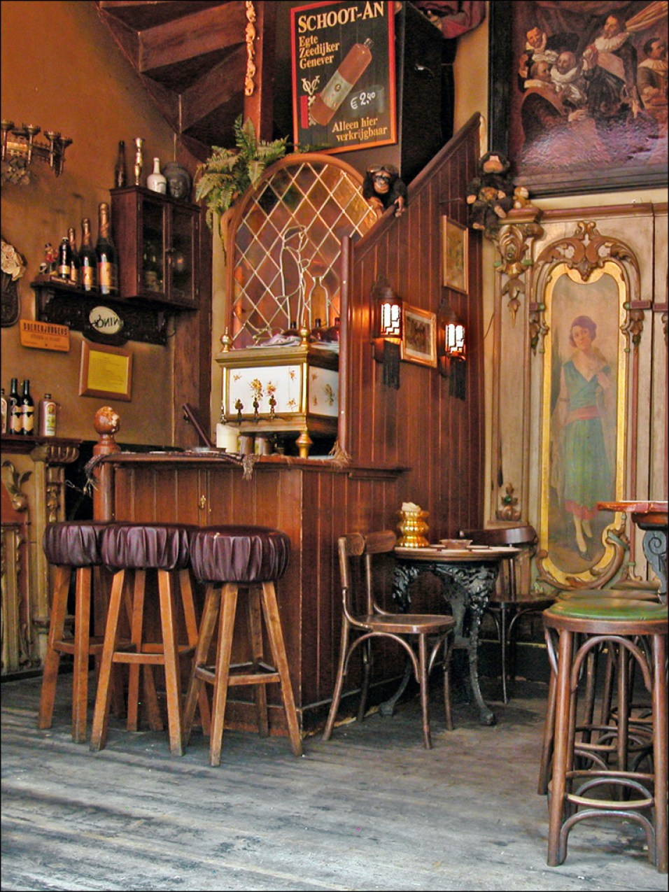 One of Amsterdam's oldest bars, In 't Aepjen is a charming place with a good story to tell.