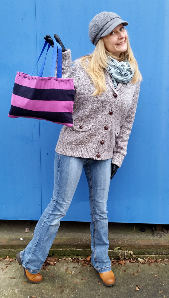 That Cheap (DIY) B*tch: My Adorable Refashioned Sweater Tote