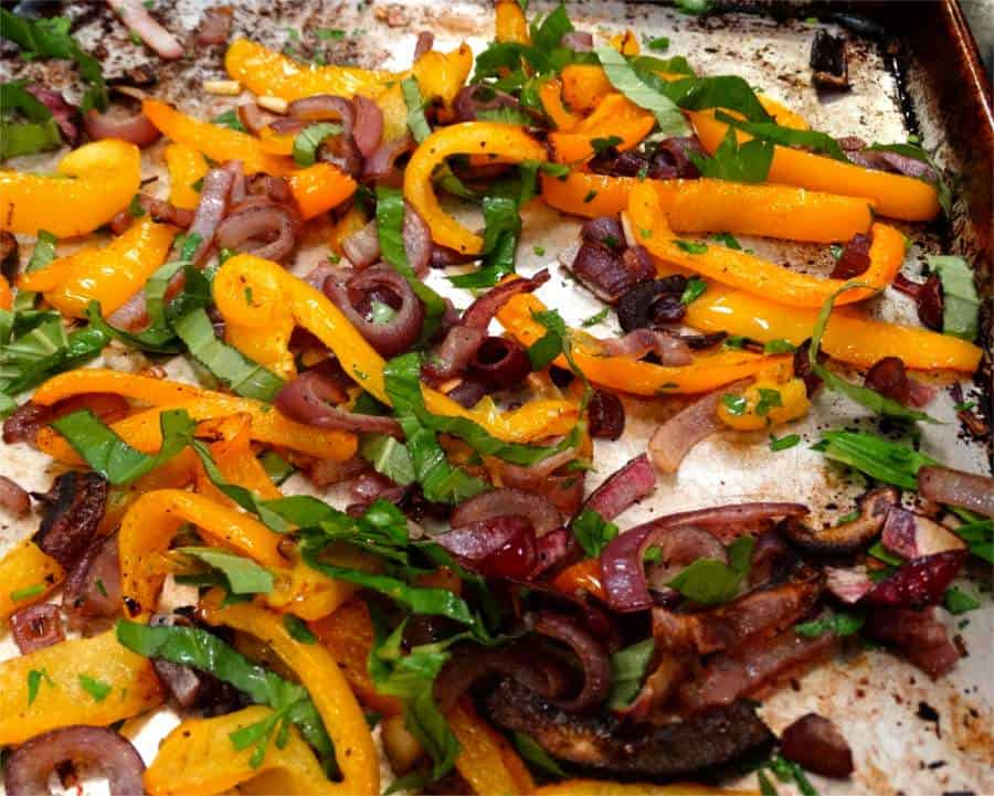 Paleo Sausage and Peppers Salad - A Whole New Twist