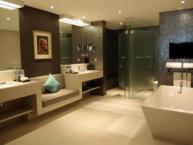 double-six-bathroom2