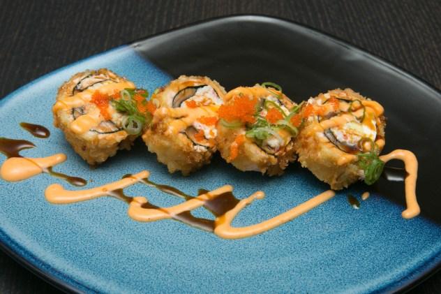 Salmon Crunch Roll