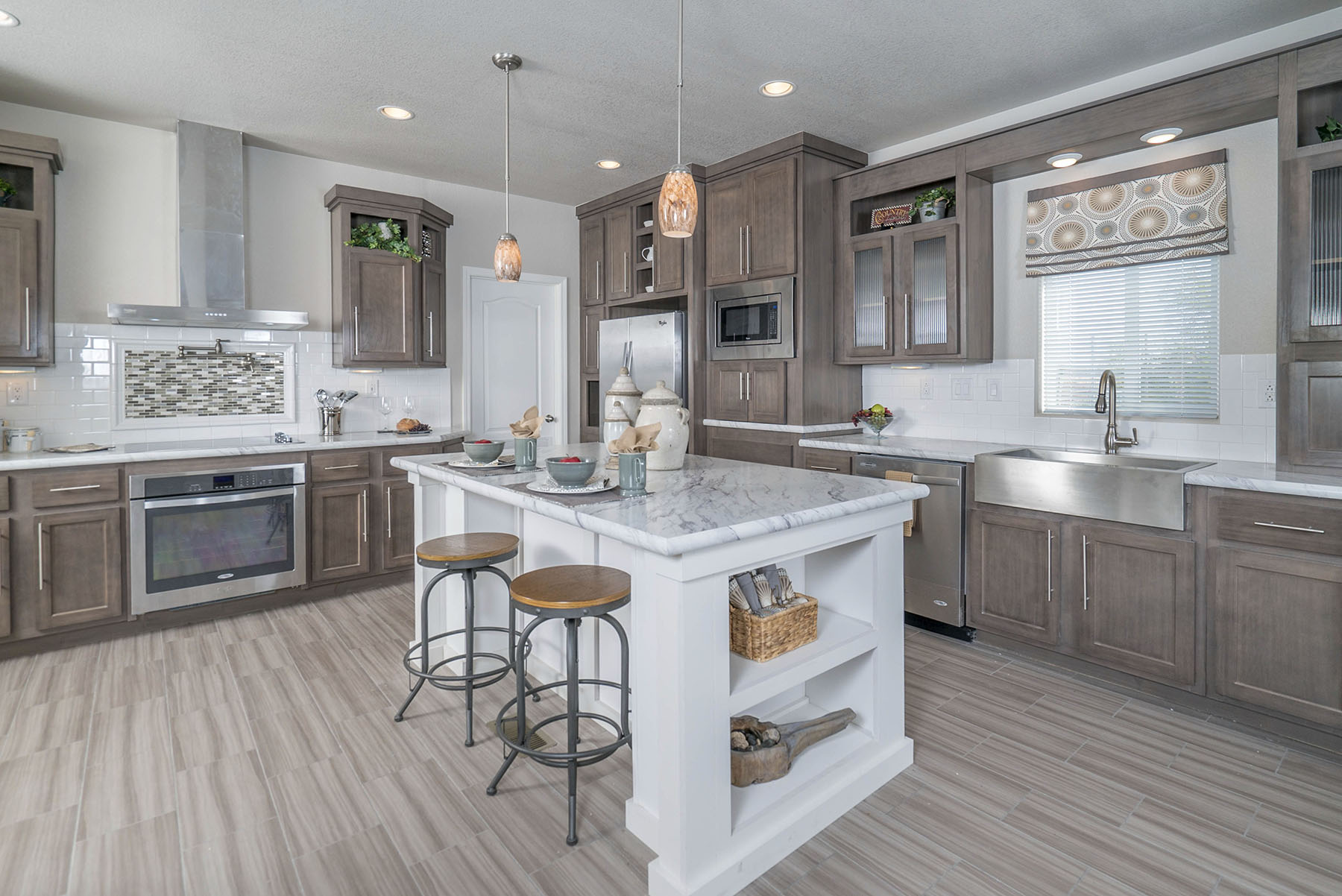 Gallery Quality Home Center: ultimate kitchens