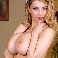 Katrin Kozy @ClubKatrinK shows you her big girls