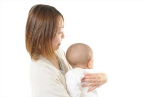赤ちゃんがミルクを吐く理由と予防法