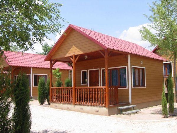Con casitas de madera Kiko Park