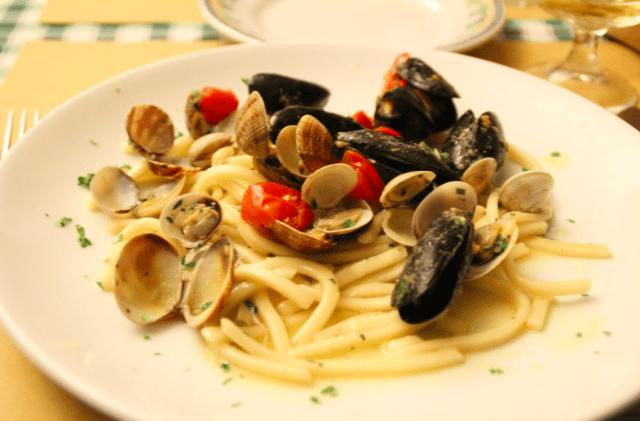 魚介のスパゲティ(Spaghetti ai frutti di mare) (出典:著者撮影)