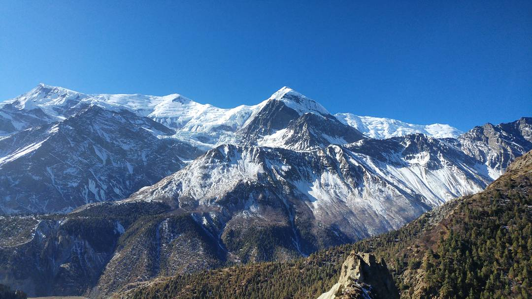 Top 5 Forgotten Essential Items you NEED for the Annapurna Circuit Trek
