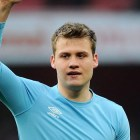 Arsenal-v-Sunderland-Simon-Mignolet-salutes-f_2570283