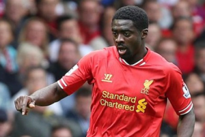 Vine: Kolo Toure knocks over the referee
