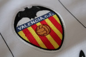 PIC: Valencia CF commemorate 10 years since double winning campaign with special kit