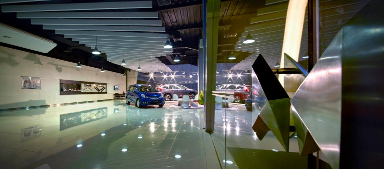 Liquid Interior - Honda Megatama Kapuk - Showroom Area