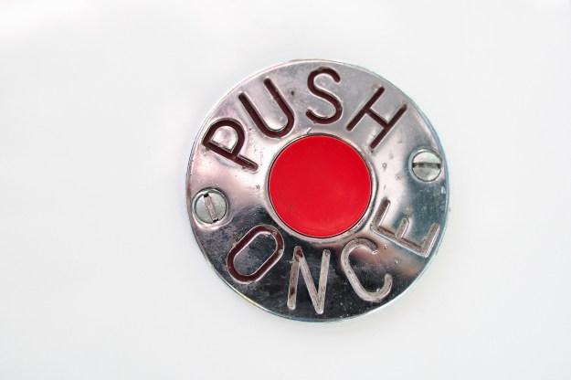 button-623174_1920