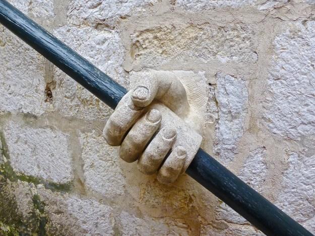 hand-408781_1920