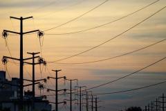 Tarifa de energia continuará com bandeira vermelha em dezembro