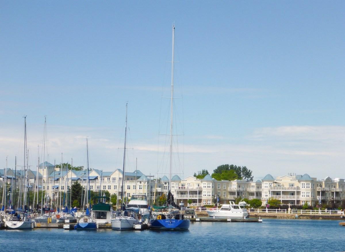 Cobourg, praia e diversão para a família inteira