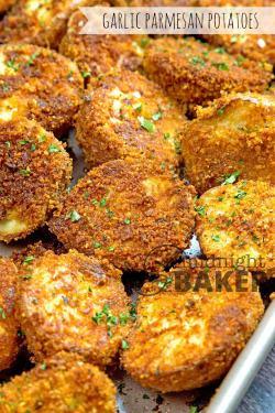 Ritzy Cheesy Garlic Parmesan Potatoes Are Not Only A Side But Garlic Parmesan Potatoes Midnight Baker Garlic Parmesan Potatoes Crispy Garlic Parmesan Potatoes Tasty Se Crunchy