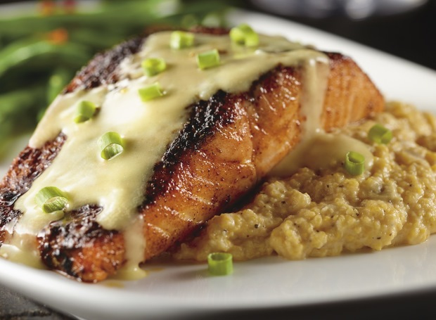 LongHorn Steakhouse Blackened Salmon with Cheddar Grits