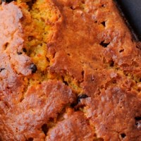Make Them Merry With This Dark Chocolate-Pumpkin Holiday Cake