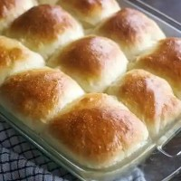 Make-Ahead Soft Yeast Rolls