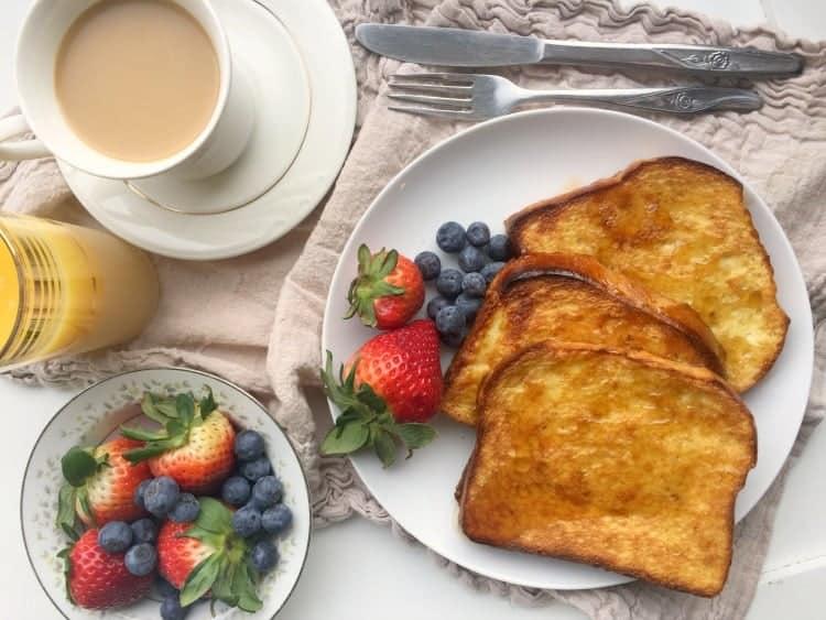 crispy-pan-baked-french-toast