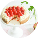Creamy Cheesecake with Strawberry Compote
