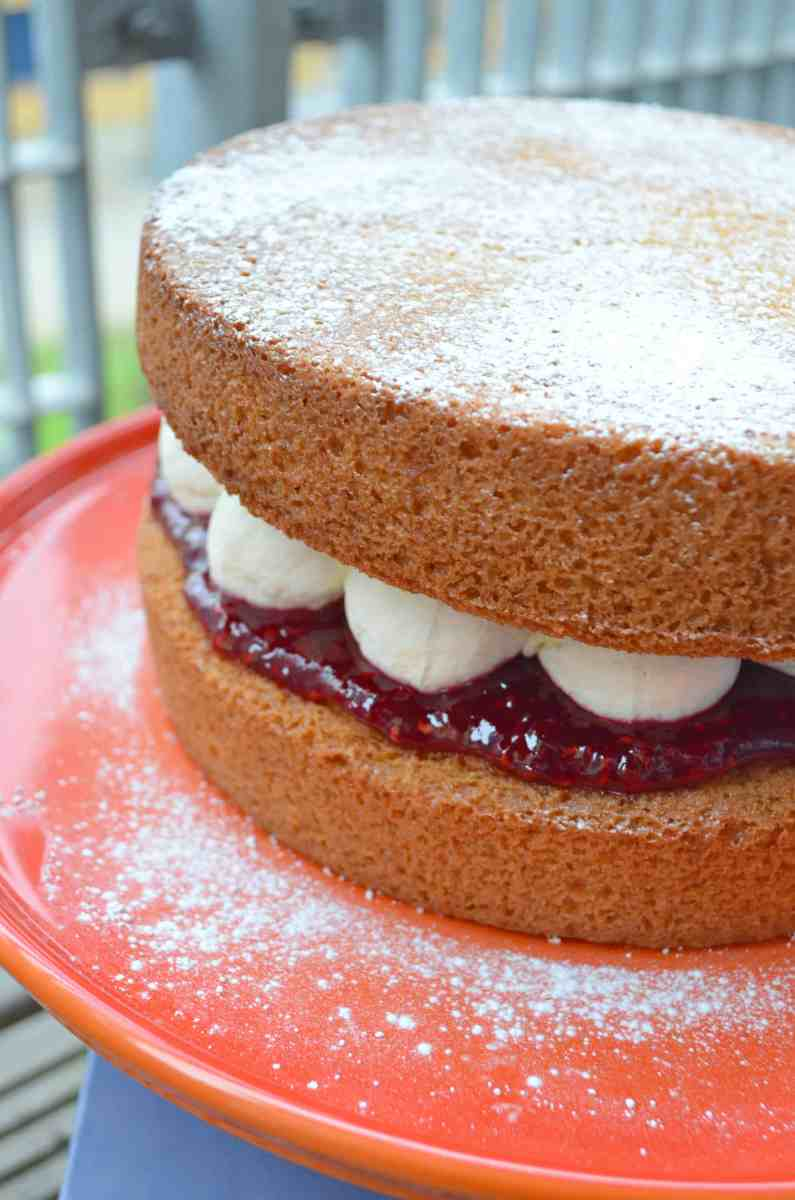 The Ultimate Victoria Sponge