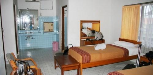 Se loger à Kuta Lima Satu Cottages