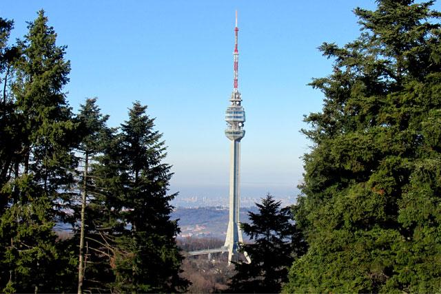 Ljajić i Mali otvorili turistički kompleks oko Avalskog tornja