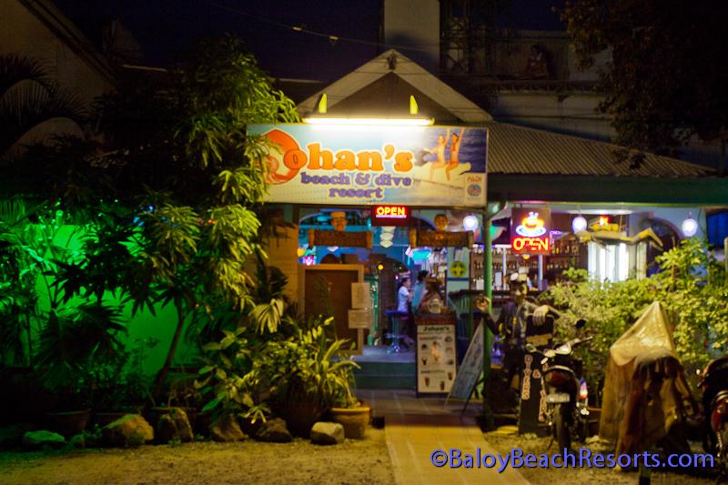 Johans Beach Resort and Dive Center, Baloy Beach