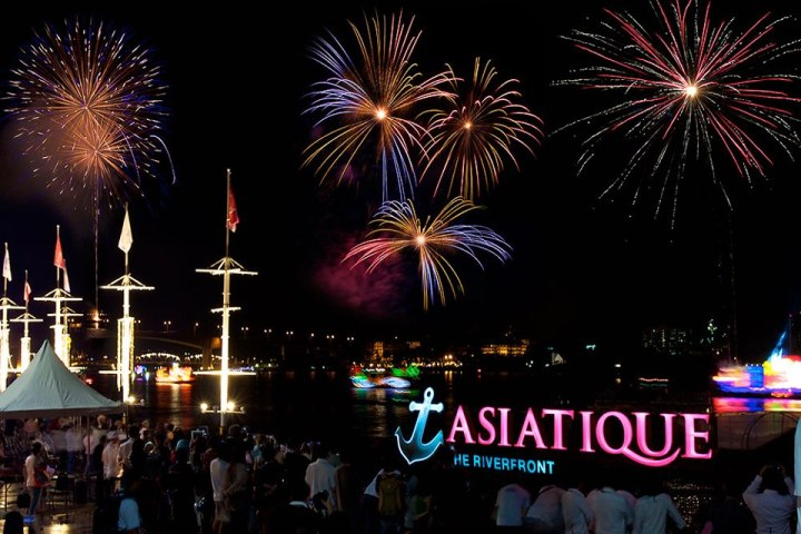 Asiatique the Riverfront during Loy Krathong