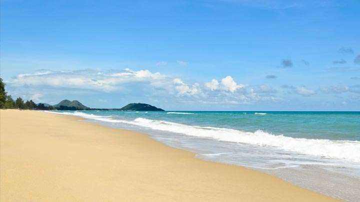 Pranburi Beach. Photo credit: Bangkok.com