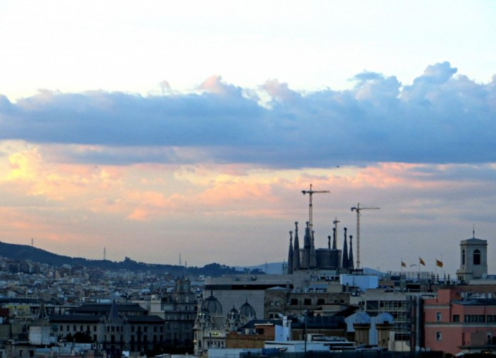 barcelona-sagrada-familia-sunset-view-hotel-barcelo