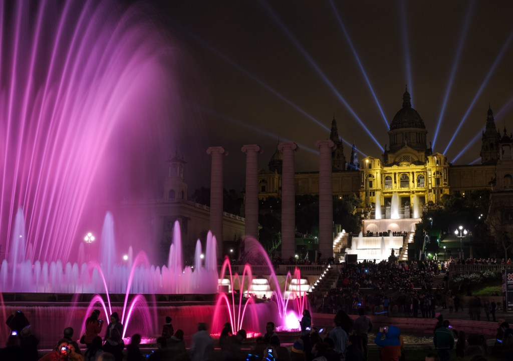 barcelona-montjuic-magic-fountain-picture-photography-645d