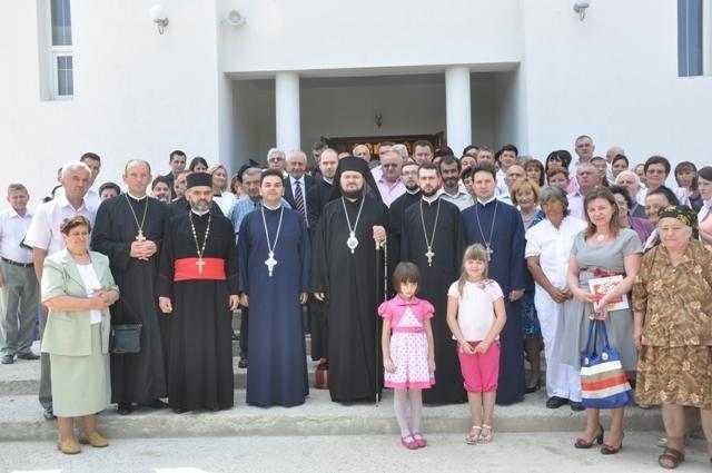 liturghie-arhiereasca-la-parohia-sfantul-nicolae