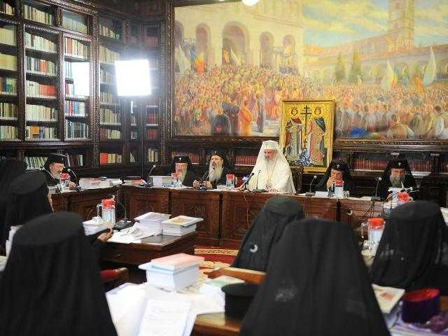 sfantul-sinod-a-proclamat-anul-2015