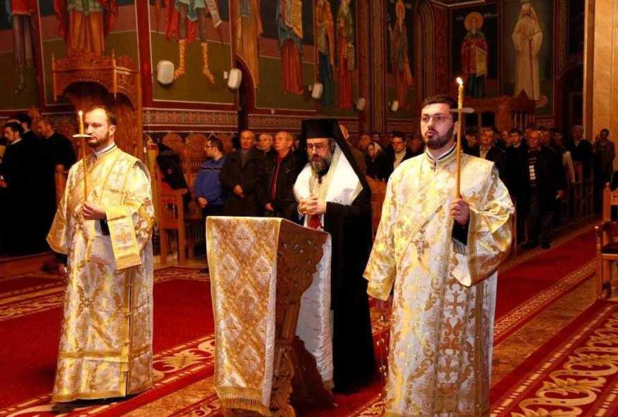 anul-nou-la-catedrala-arhiepiscopala-din