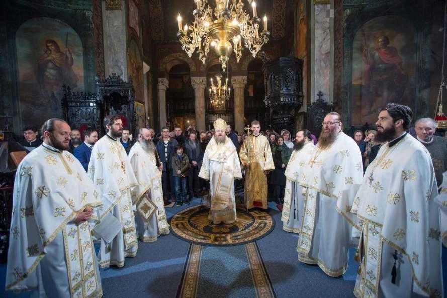 prima-duminica-a-triodului-la-manastirea