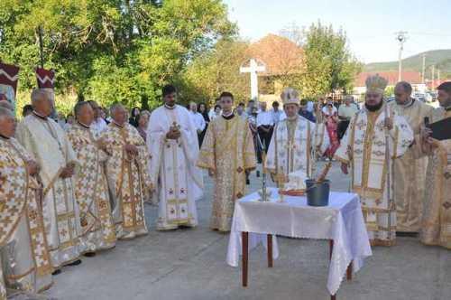 Tarnosirea bisericii din Parohia Jac (9)