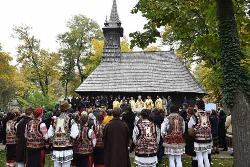 biserica-turea-din-incinta-muzeului-satului-a-fost-sfintita-lacasul-de-cult-a-intrat-in-circuitul-turistic