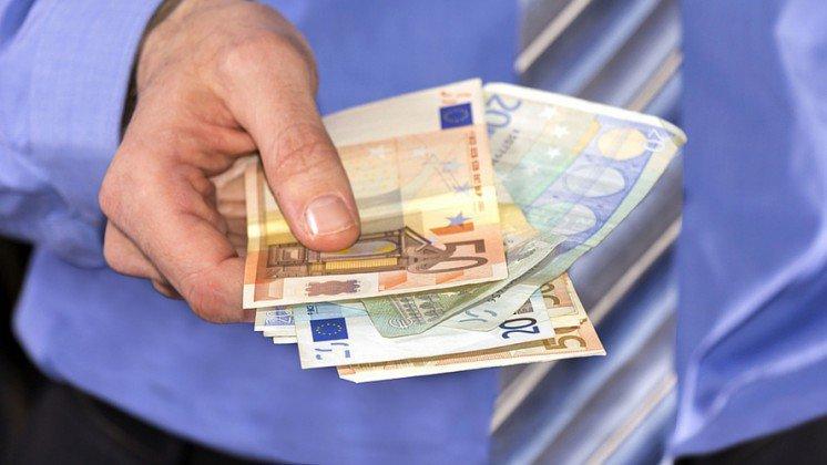 Het basisinkomen bepleit in Frankrijk